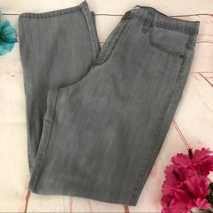 Lee Classic Fit At The Waist Gray Mom Jeans